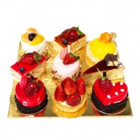 Ассорти из пирожных 1