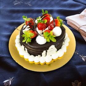 Торт шоколадный каприз